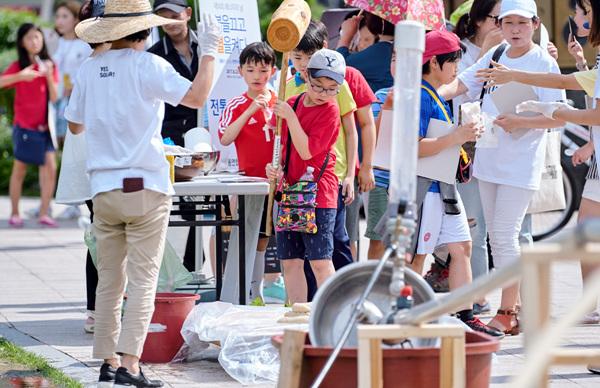 제14회 에너지의 날 체험부스_환경운동연합에코생활협동조합_09.jpg